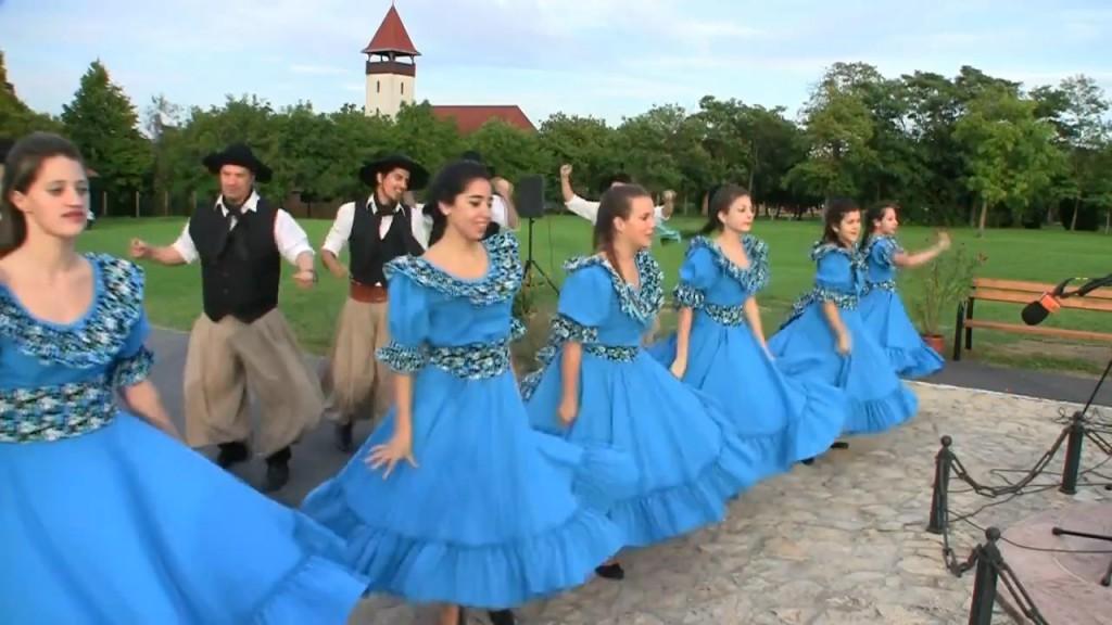 Törökbálint Az Argentin Paprika táncegyüttes előzetese.mp4.Still001
