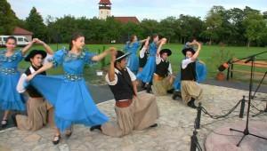 Törökbálint Az Argentin Paprika táncegyüttes előzetese.mp4.Still002