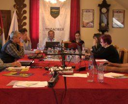 Képviselő-testületi ülés 2016. április 28.