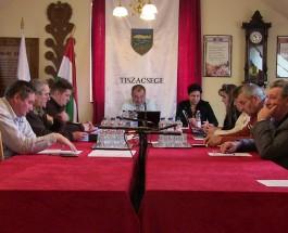 Képviselő-testületi ülés 2014. május 22.