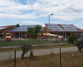 Sajtóközlemény – Napelemes rendszer telepítése a Tiszacsegei Városi Óvoda és Bölcsőde épületére